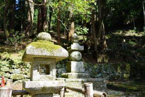 室生寺の灯籠