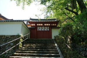 長谷寺下山中のお堂
