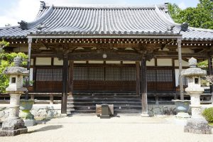 極楽寺本堂