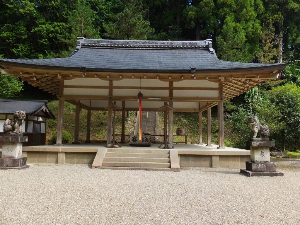 八咫烏神社本堂