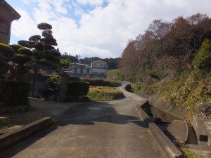 二上山へ続く道2