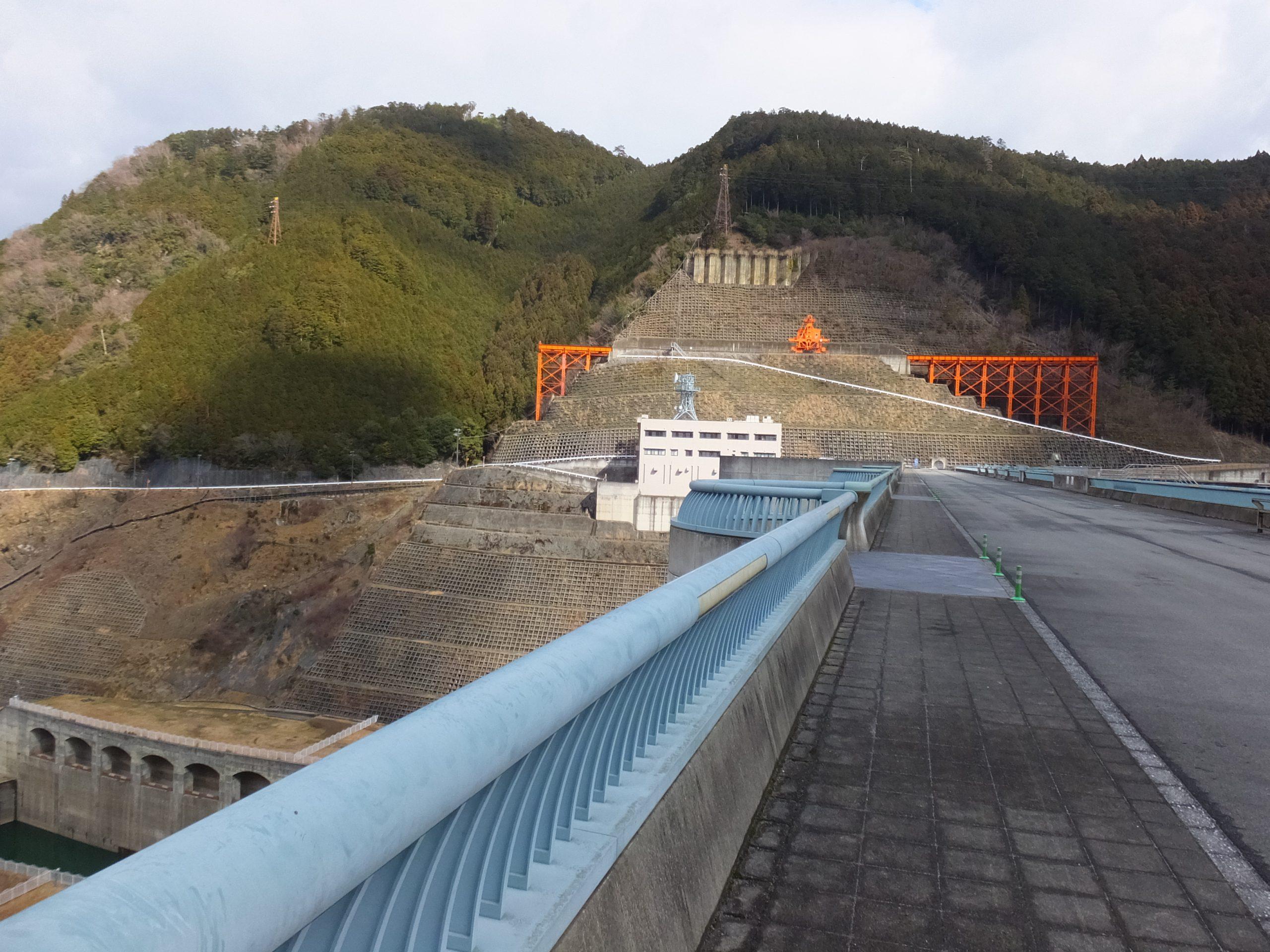 大滝ダム上
