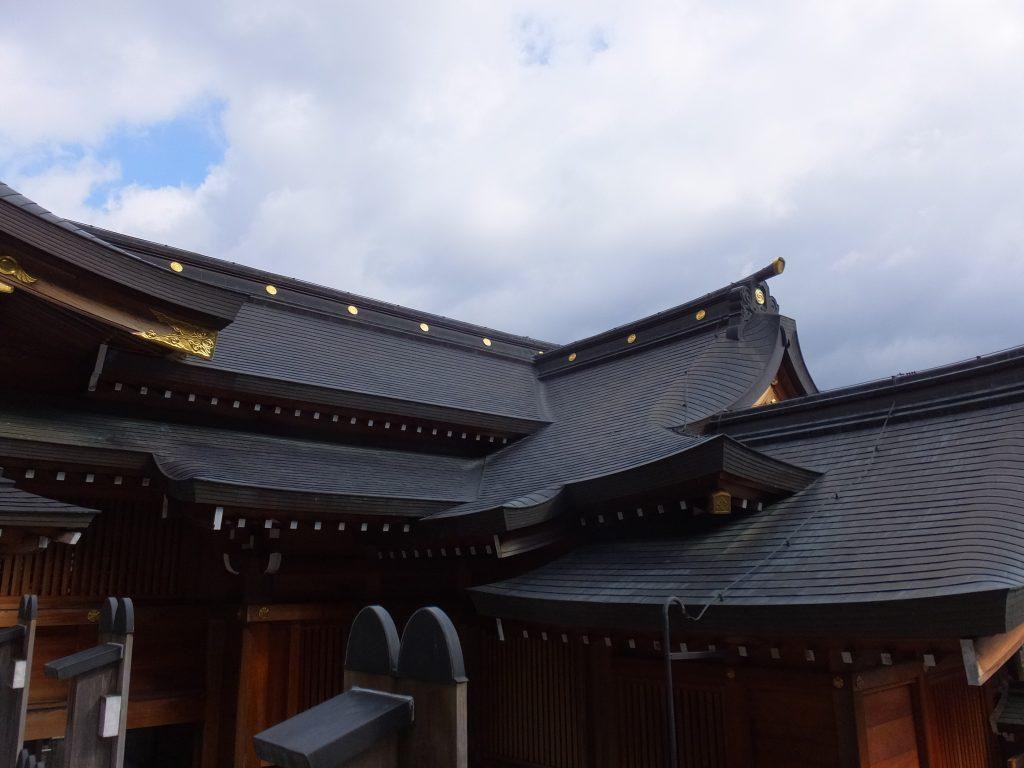 丹生川上神社上社屋根